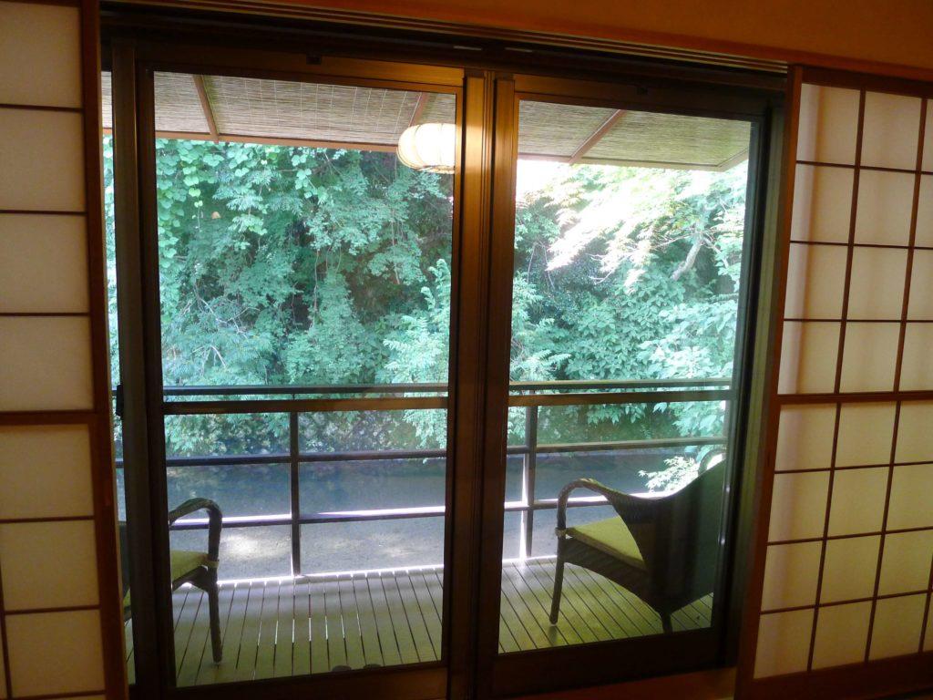 東府や Resort&Spa Izuの皮が見えるバルコニー