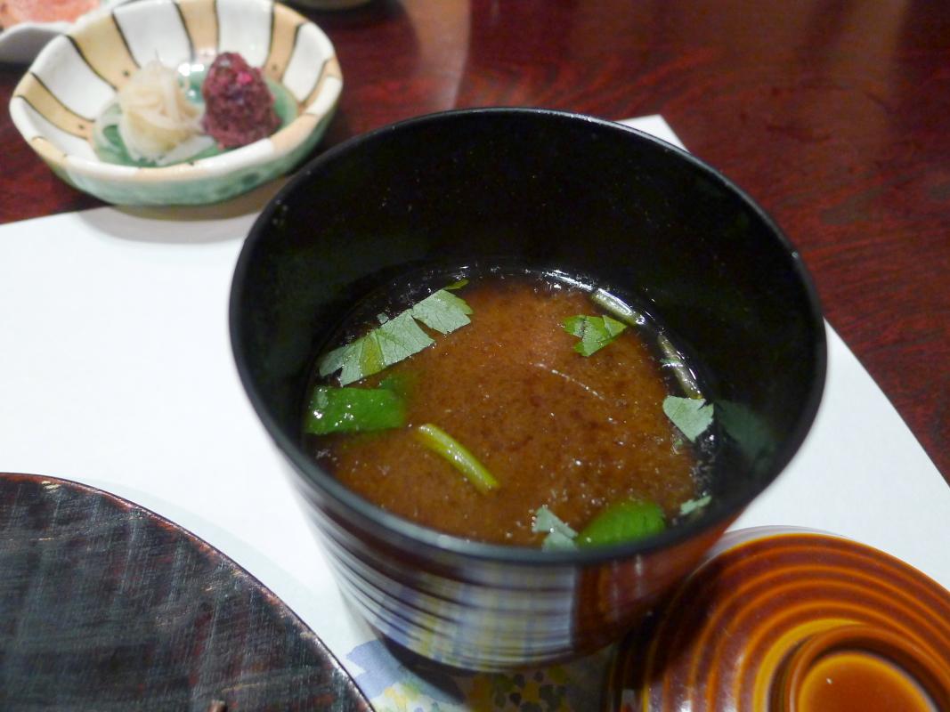箱根塔ノ沢温泉_山の茶屋 夕食 香の物と赤出汁