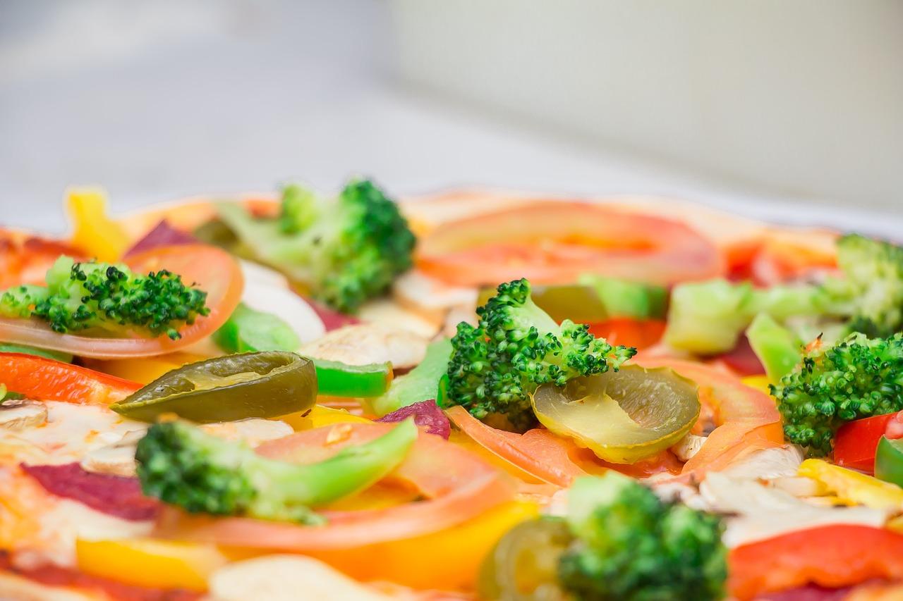 『ピザハット』をお得に利用する方法。クーポンや割引を利用して美味しくピザを食べよう!