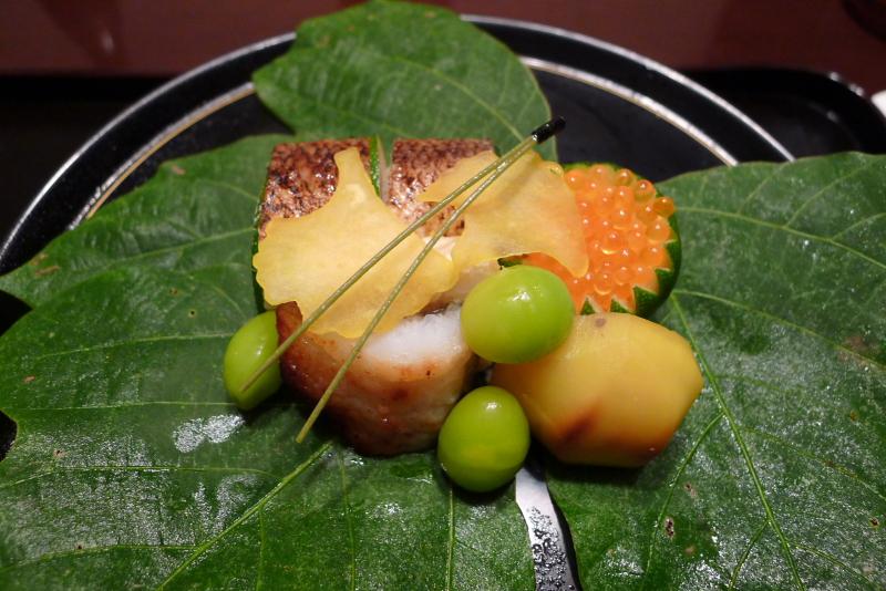 【京都・菊乃井本店】ミシュラン星3つ獲得の京都の老舗料亭で、絶品料理に舌鼓を打つ。