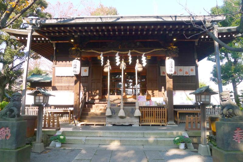 七社神社 社殿