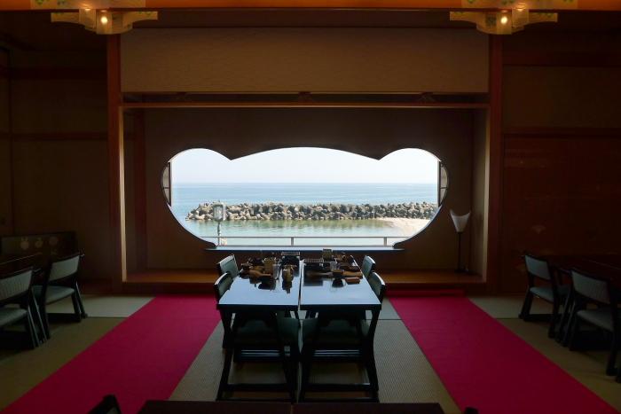 皆生温泉の松月の食事処のもっとも良い席