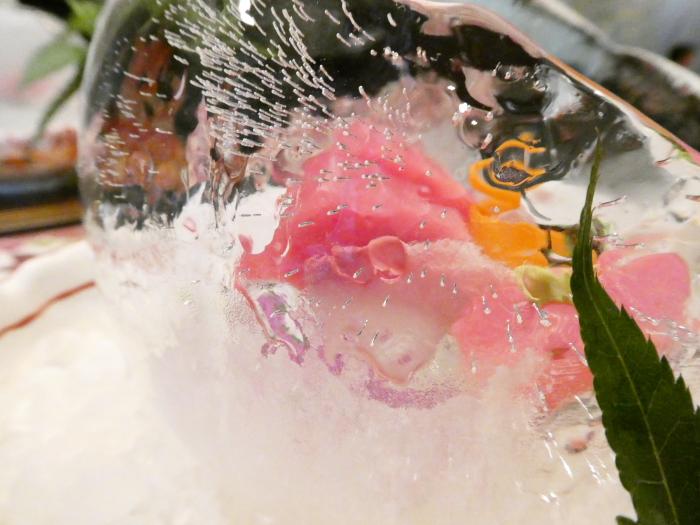 オーベルジュ鈴鐘_夕食 御造りが盛られている氷の器