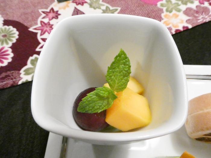 オーベルジュ鈴鐘_夕食 スイーツの季節のフルーツ