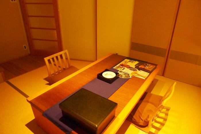 修善寺温泉_ねの湯対山荘_メゾネット式客室 テーブル