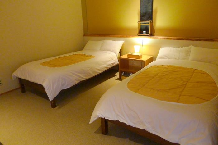修善寺温泉_ねの湯対山荘_メゾネット式客室 2階寝室
