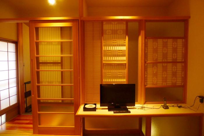修善寺温泉_ねの湯対山荘_メゾネット式客室 2階テレビ