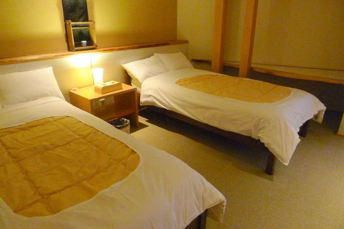 修善寺温泉_ねの湯対山荘_メゾネット式客室 二階寝室