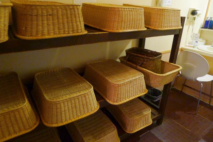 オーベルジュ湯楽の古代檜風呂 脱衣所