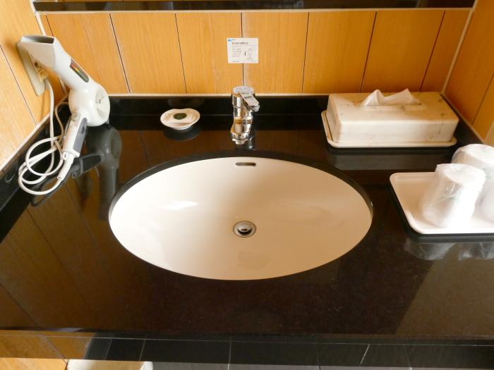 淡路島_うめ丸_露天風呂付き客室の洗面台