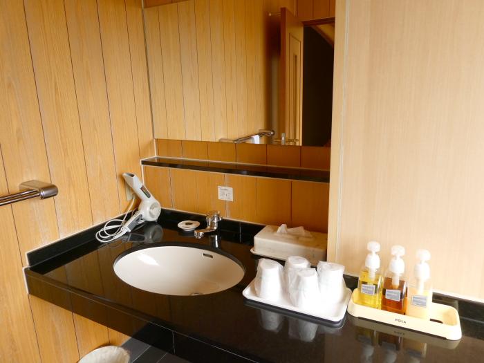 淡路島_うめ丸_露天風呂付き客室の洗面所