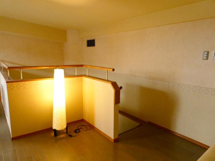 淡路島_うめ丸_露天風呂付き客室のメゾネット式2階