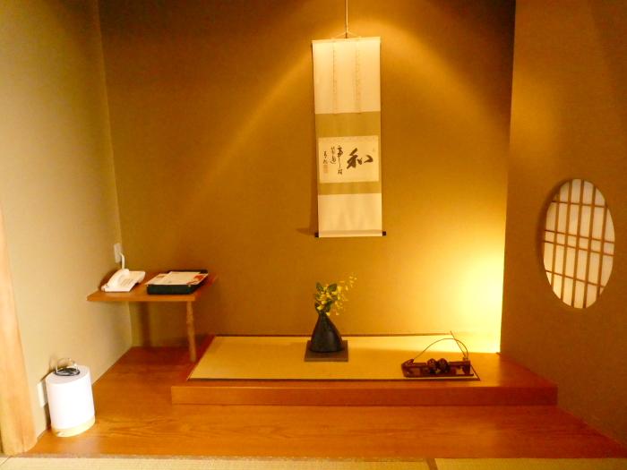 淡路島_うめ丸_露天風呂付き客室の床の間