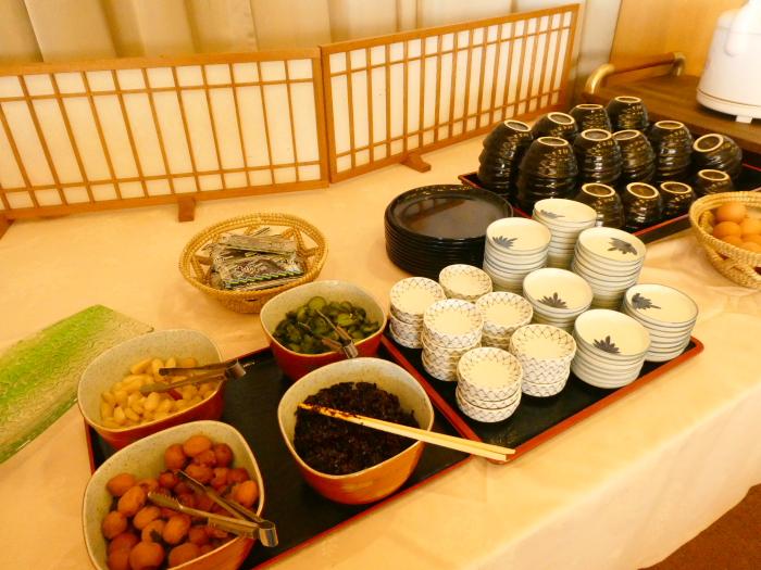 淡路島_うめ丸朝食の選べるごはんとお漬物