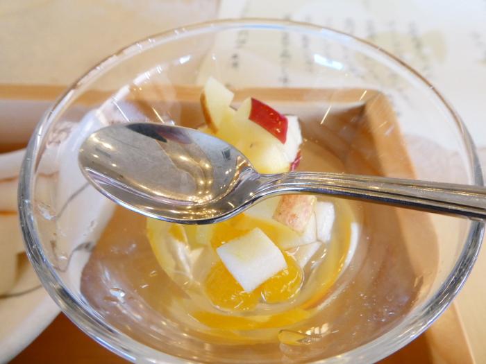 淡路島_うめ丸朝食 デザートのフルーツ