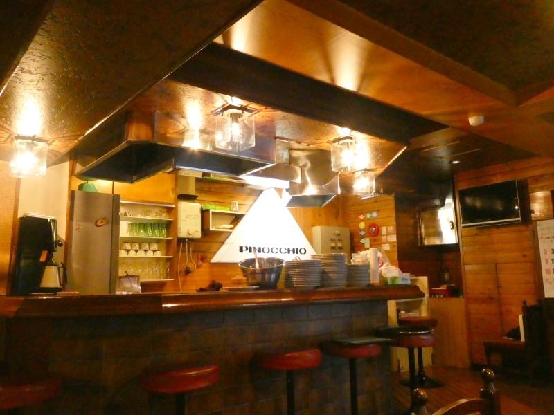 東京都板橋区にある純喫茶ピノキオの店内の様子