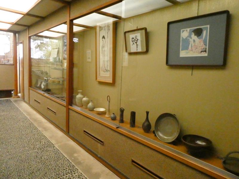 伊豆下田温泉にある野の花亭こむらさきの廊下