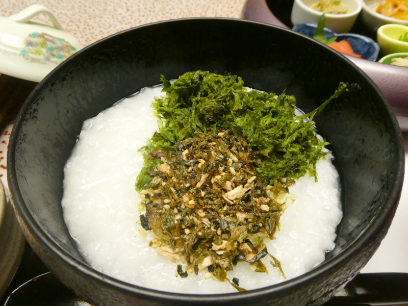 伊豆下田_野の花亭こむらさきの朝食 おかゆ