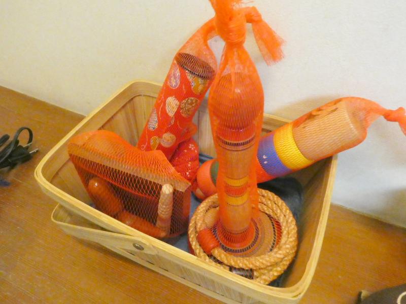 伊豆下田野の花亭こむらさきの「こぶし」の昔懐かしいおもちゃ