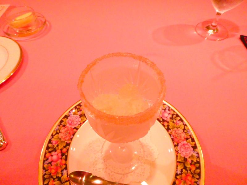 オーベルジュミヨーの夕食 お口直しのグラニテ