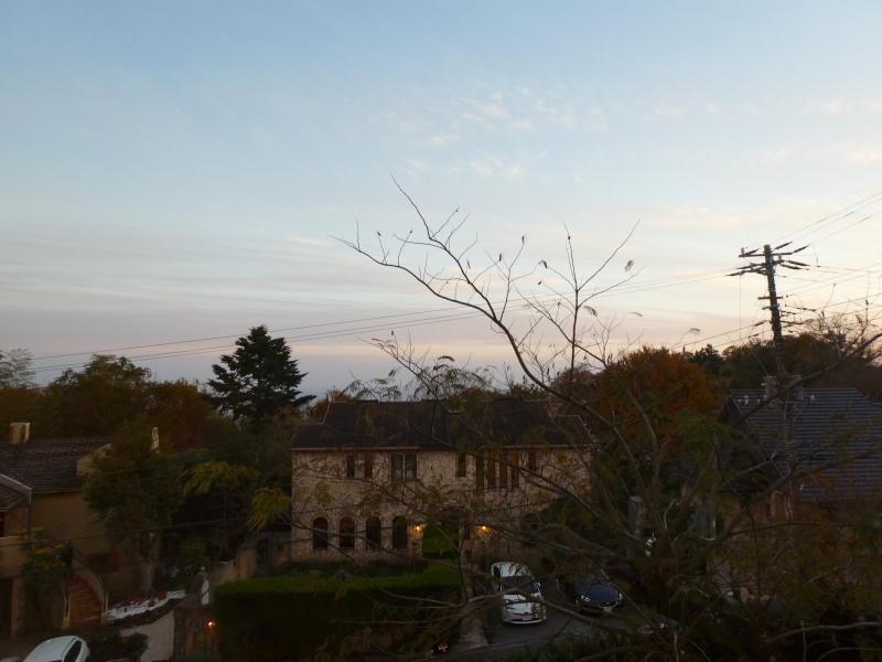 伊豆高原オーベルジュミヨーの寝室から見える景色、天気が良ければ伊豆七島を見ることができる