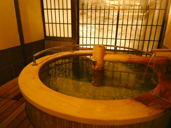 あんこうの宿まるみつの貸切風呂 美深の湯の湯船
