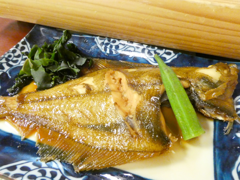 平潟港温泉まるみつ_夕食 マコガレイの煮つけ