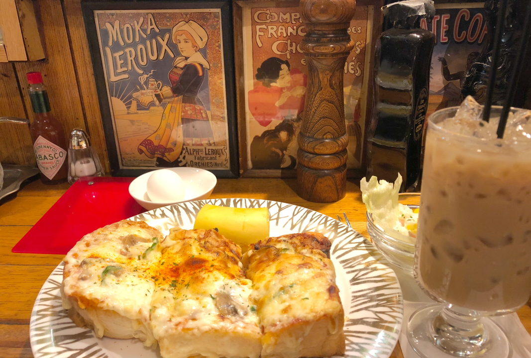 有楽町の紅鹿舎の元祖ピザトースト
