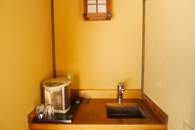 伊豆高原_きらの里の客室「竹ぶえ」のミニキッチン