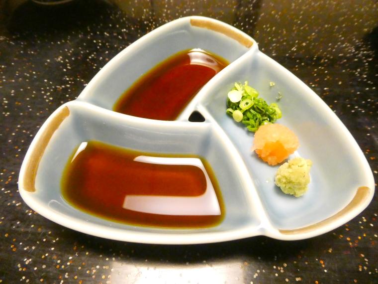 熱海_さくらや旅館_夕食 陶板焼きのタレ