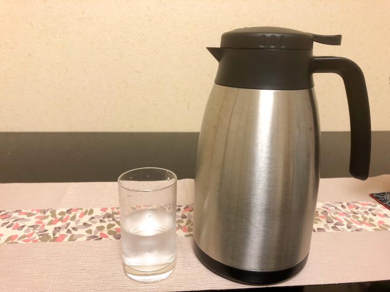 伊豆高原_茄子のはな お部屋の冷たいレモン水