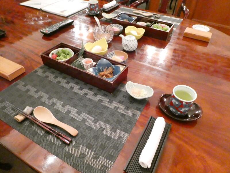 伊香保_香雲館のダイニングでの朝食の様子