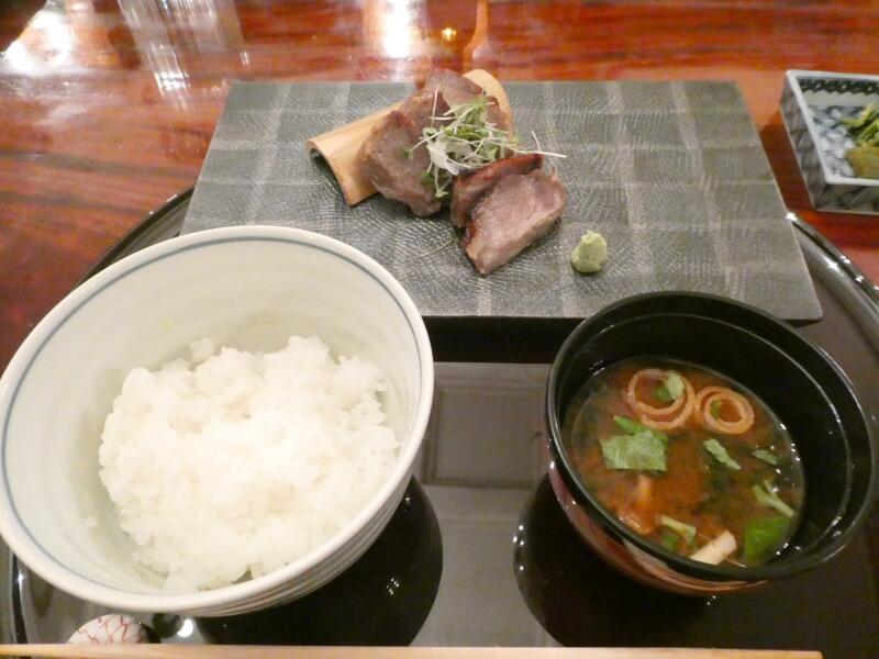 伊香保温泉にある香雲館の夕食「替り皿」