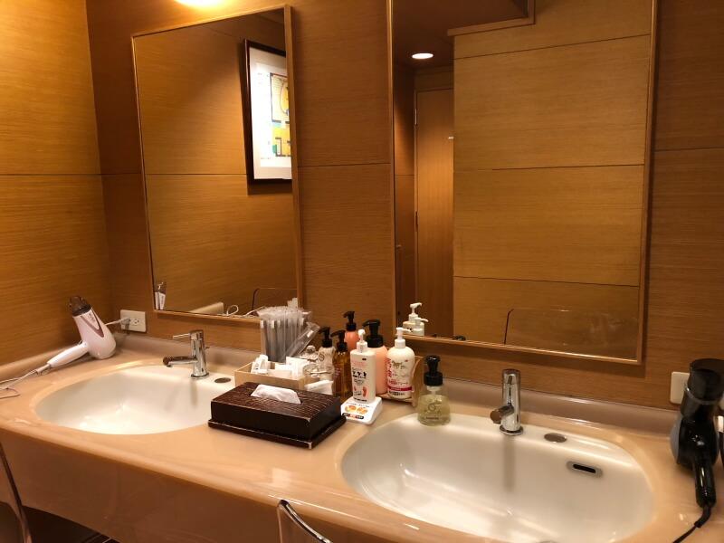 伊香保_香雲館の大浴場「あうるの湯」洗面台