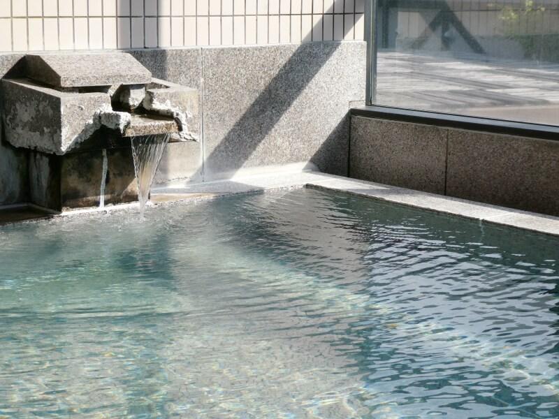 白布温泉_別邸山の季 大浴場石の風呂「山石」
