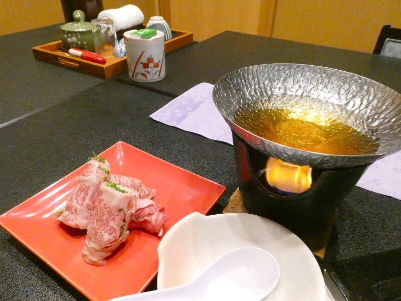 赤湯温泉森の湯の夕食で食べた米沢牛のハリハリ鍋風
